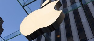 Shareholder meeting shows how Apple Inc. (AAPL) uses secrecy as a selling tool