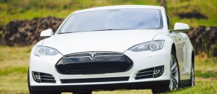 Tesla to manufacture cars in China w